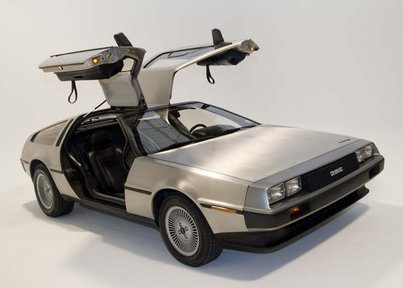 DeLorean (DMC-12)