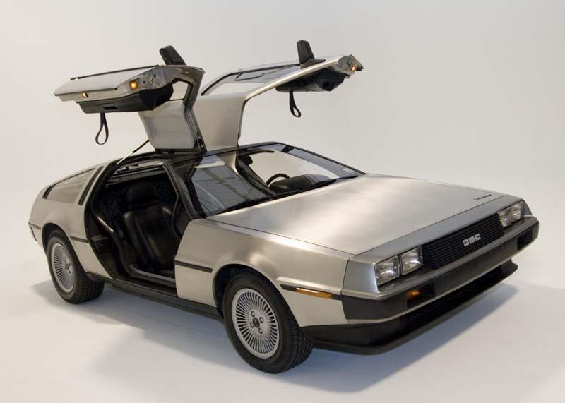 DeLorean (DMC-12)